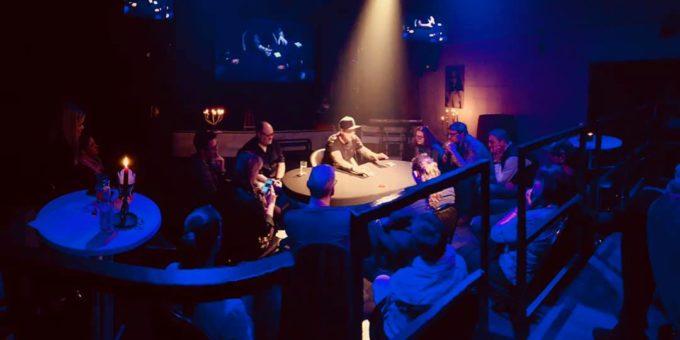 VIP Close-up Show im Theater im Walzwerk