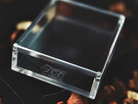 Crystal Playing Card Display Case - zauberschuppen.de - vorgestellt im magischer-anzeiger.de