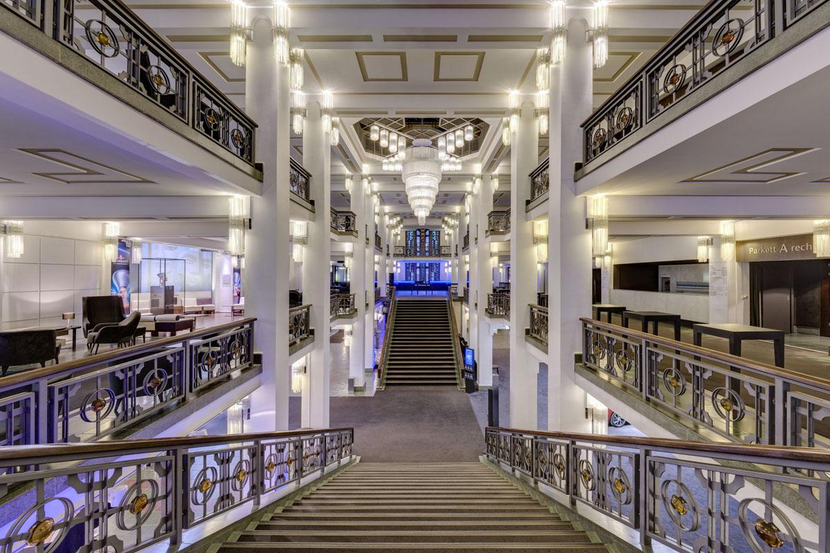 Foyer des Friedrichstadt-Palasts Berlin, Foto: Soenne