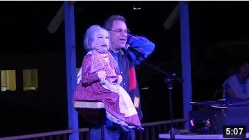 Jonathan-Geffner-ventriloquist-show-at-summer-camp